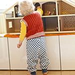 sy barnbyxor av gammalt förkläde