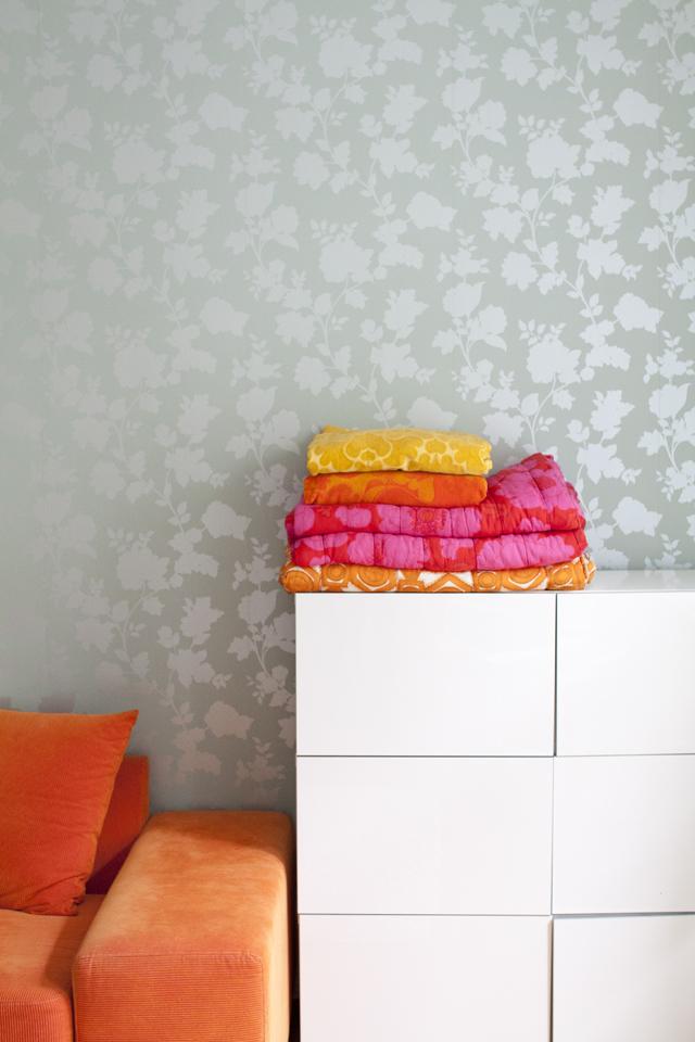 fynda täcken och filtar på loppis