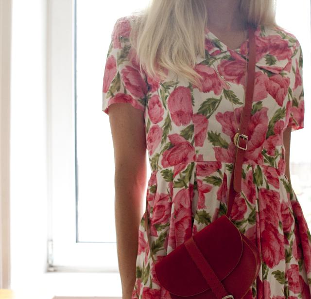 blommig klänning 4